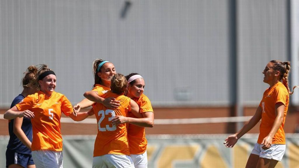 No. 9 Tennessee routs ETSU