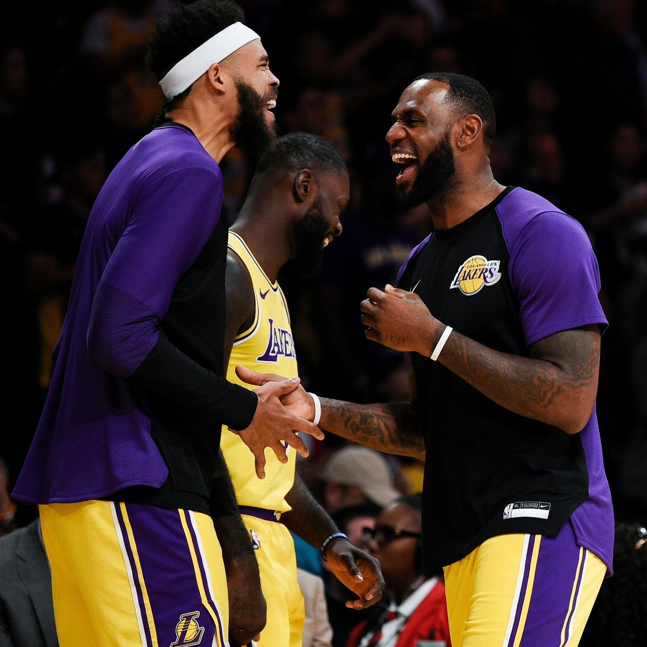 Kendrick Lamar hits on positive topics with Lakers