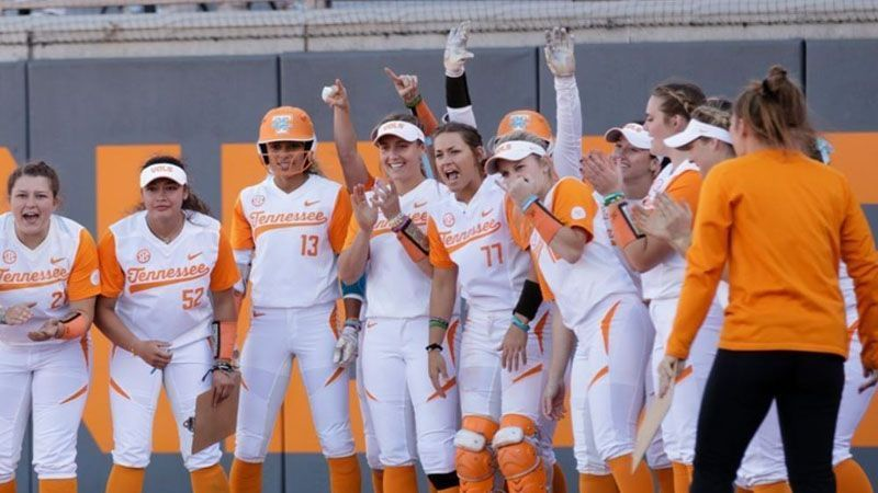 Softball: No. 5 Tennessee vs. Liberty