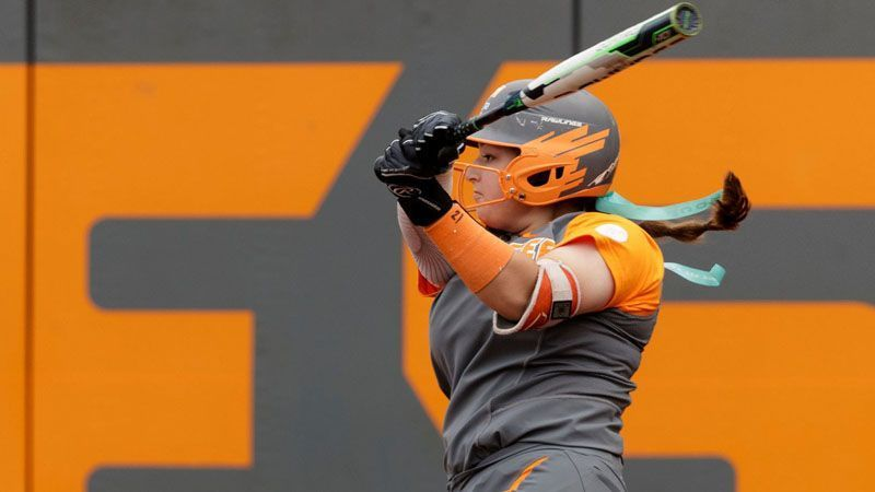 No. 9 Lady Vols dominate in doubleheader