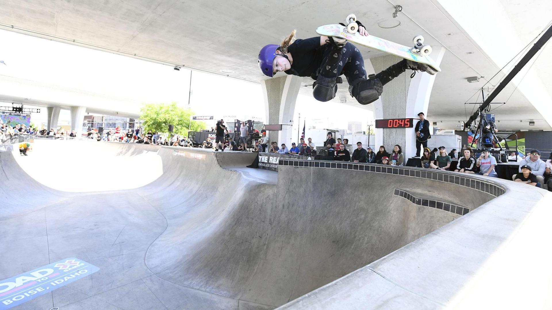 Sabre Norris wins Womenu0027s Skate Park at