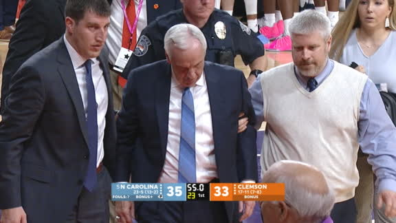 UNC head coach Roy Williams suffers vertigo attack during game