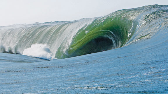 Monster Tube of the Year winner Mark Healey deep below sea level. a href=# onclick=window.open('http://espn.go.com/action/gallery?id=4071610','slideshow','width=990,height=740,scrollbars=no,resizable=no');iLaunch Gallery »/i/a