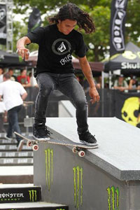 David Gonzalez, seen tailsliding here, is awesome but he ain't The Gonz.