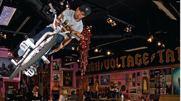 Rooftop barspins the High Voltage Tattoo mini ramp.