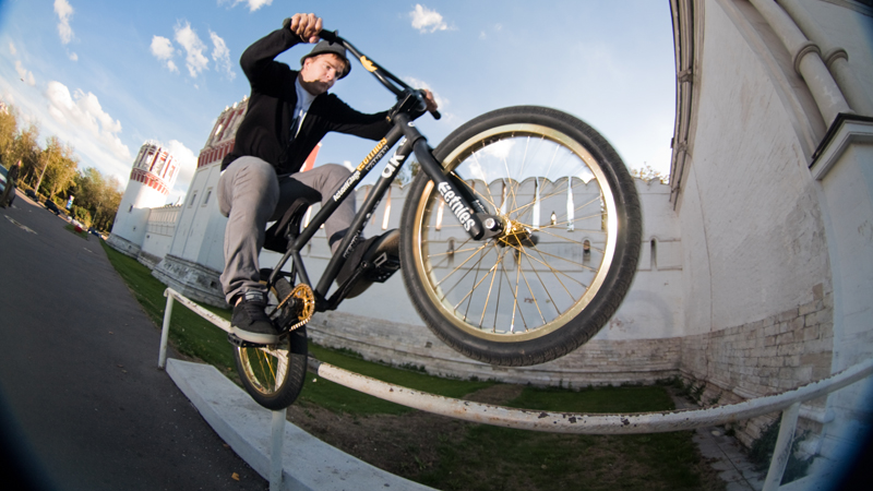 Brian also knows the value of putting in work on the bike when invited on trips across the world. Here, he icepicks a hefty rail in Moscow, Russia.