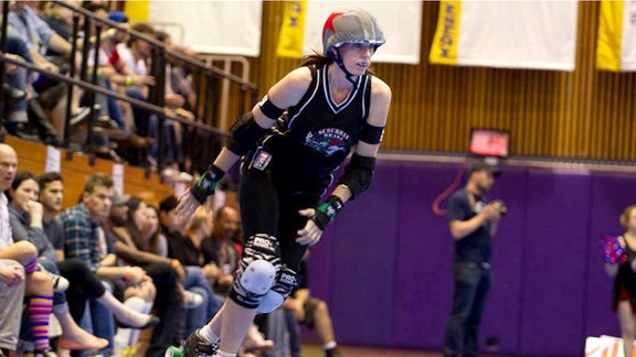 Jane McManus was, once upon a time, a mild-mannered mom and sportswriter. She's now added the adrenaline rush of competing in roller derby to her life's rsum.