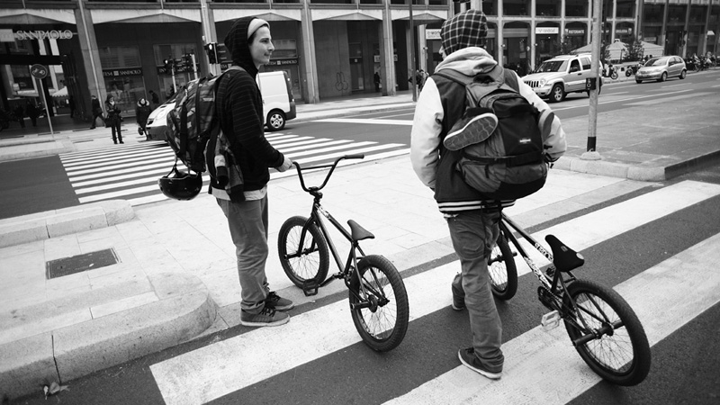 /photo/2011/1215/as_bmx_simone6_800.jpg