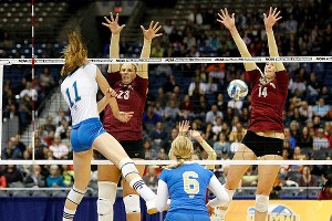 UCLA's Rachael Kidder had little difficulty with Florida State as the Bruins won 3-0.