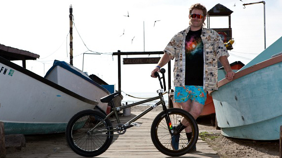 Mike Hucker Clark has officially joined the S&M Bicycles pro team.