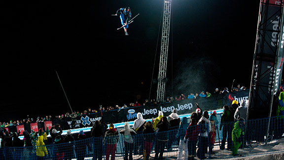 A record-breaking number of people showed up to watch the events in Tignes this year, with some 31,700 spectators in attendance on the day Torin Yater-Wallace won gold in the SuperPipe.
