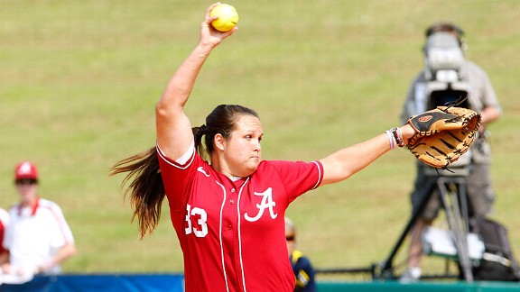 Alabama's Jackie Traina started shaky but finished strong against Michigan on Friday.