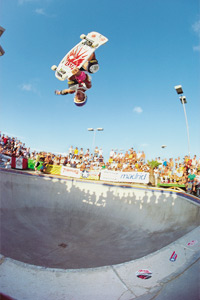 No one flew higher than Hosoi when he was at his peak. Del Mar Skate Ranch, 1984.