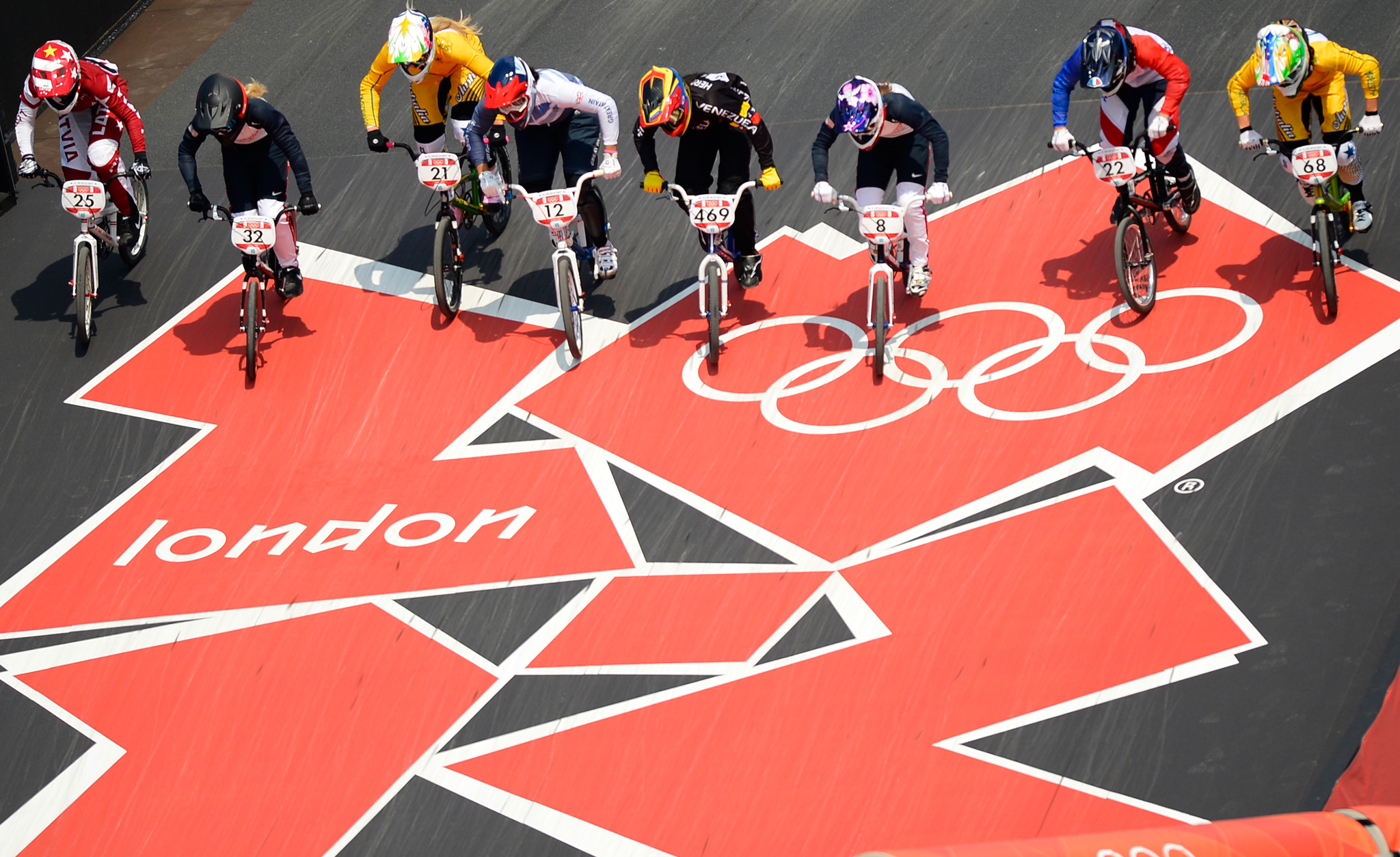/photo/2012/0810/as_bmx_olympic2_2048.jpg