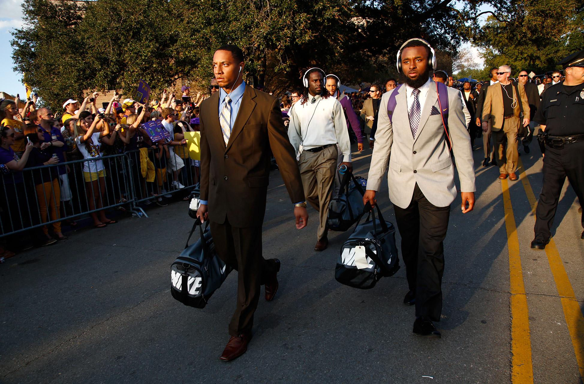 LSU Players Walking In