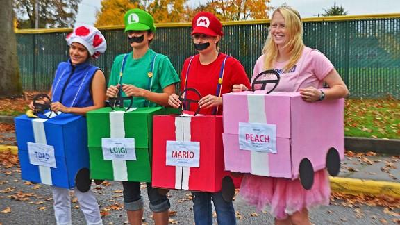 Toad, Luigi, Mario and Peach