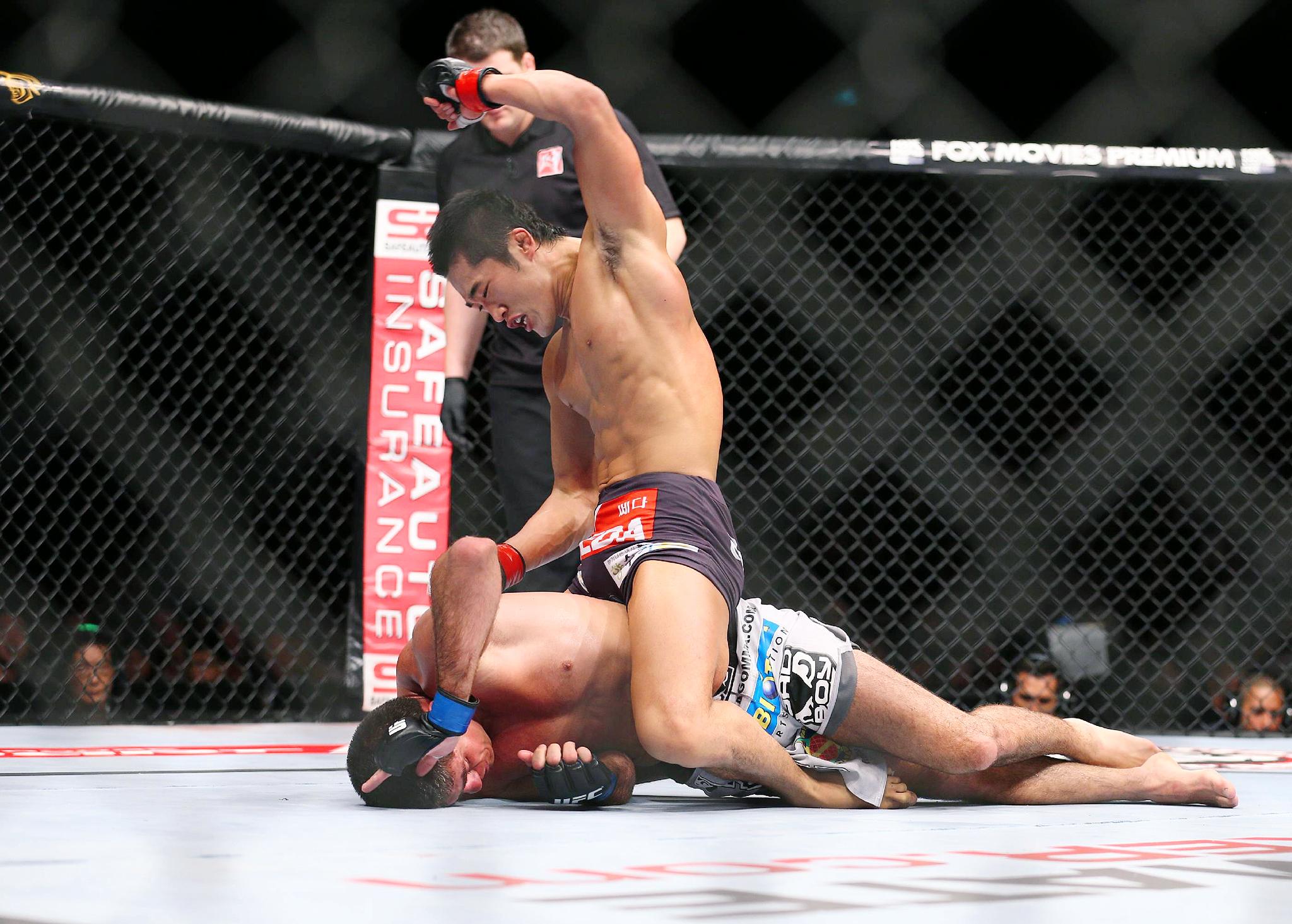 Dong Hyun Kim vs. Paulo Thiago
