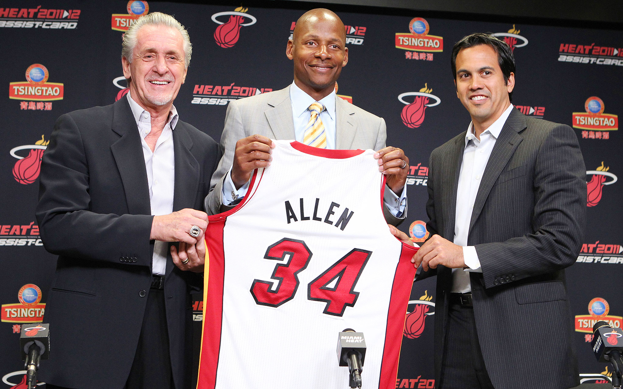 7. Ray Allen Signs With Heat