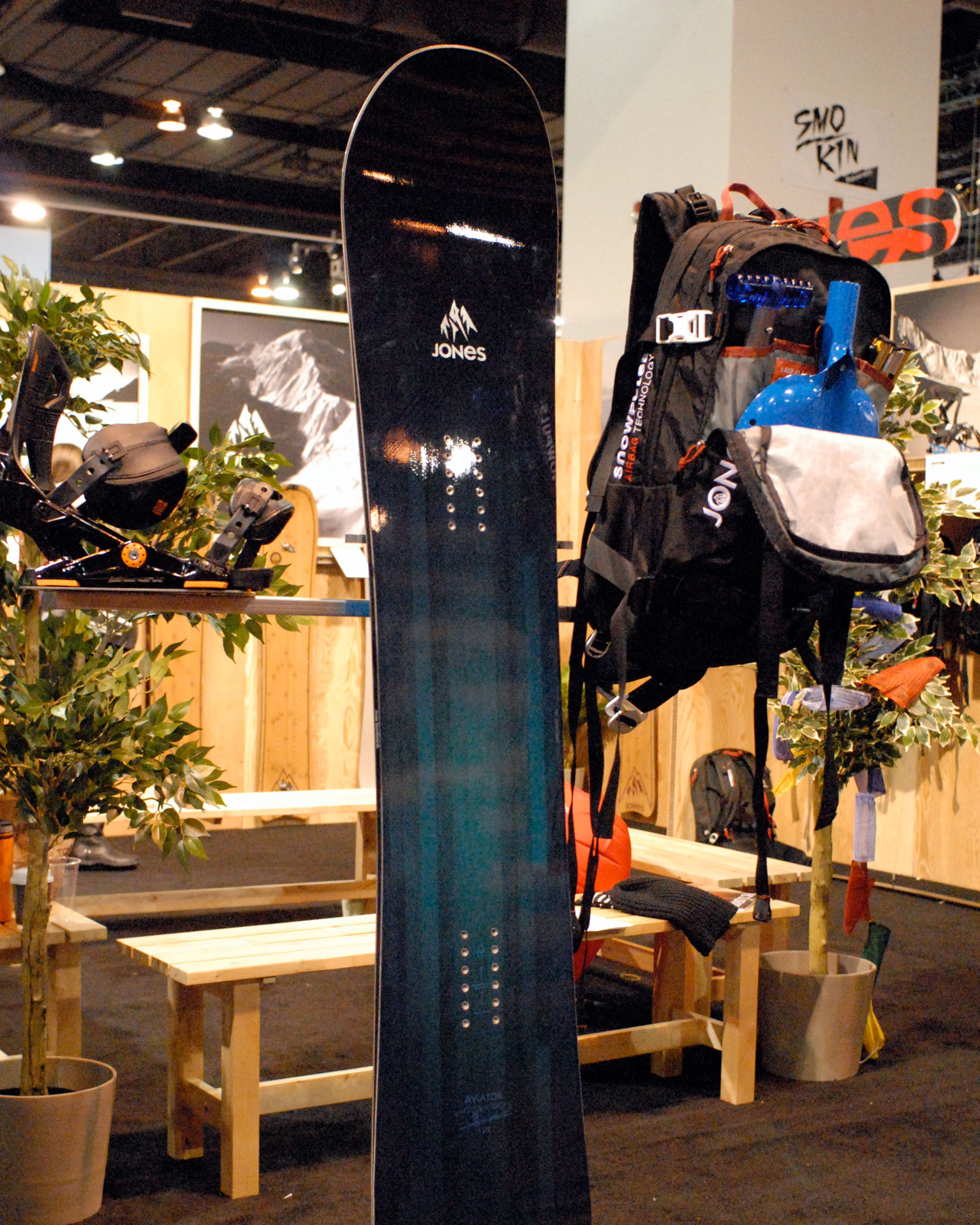Jones Snowboards 30L Pack
