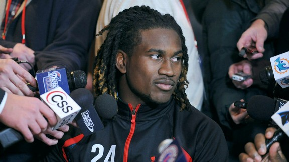 Wide receiver Cordarrelle Patterson drew a media crowd at the NFL combine.