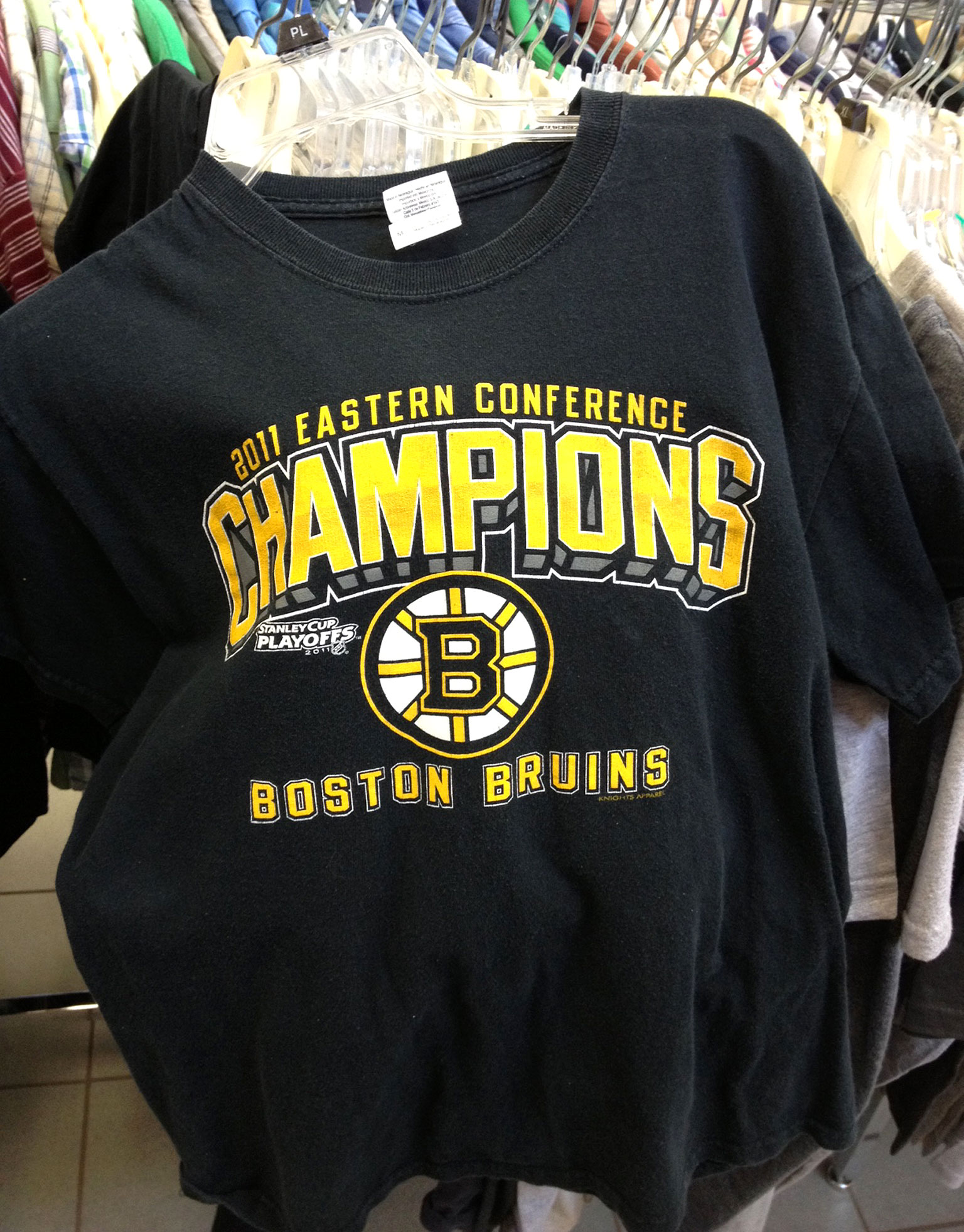 Bruins Eastern Conference champs 2011 shirt: $4