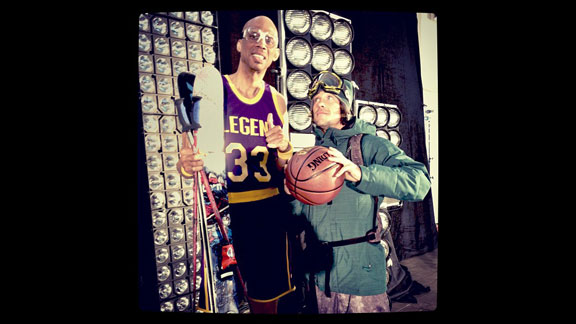 Rory Bushfield and Kareem Abdul-Jabbar on the set of Splash.