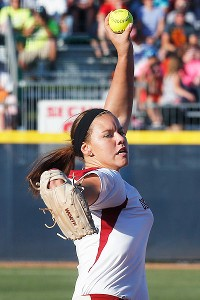 Oklahoma pitcher Keilani Ricketts served up a three-run homer to Madison Shipman in the 11th, but redeemed herself by starting a rally in the bottom of the inning.