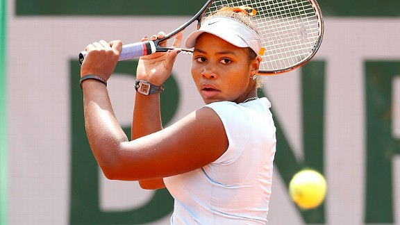 Taylor Townsend has advanced to the juniors quarterfinals of the French Open with a heightened self-confidence.