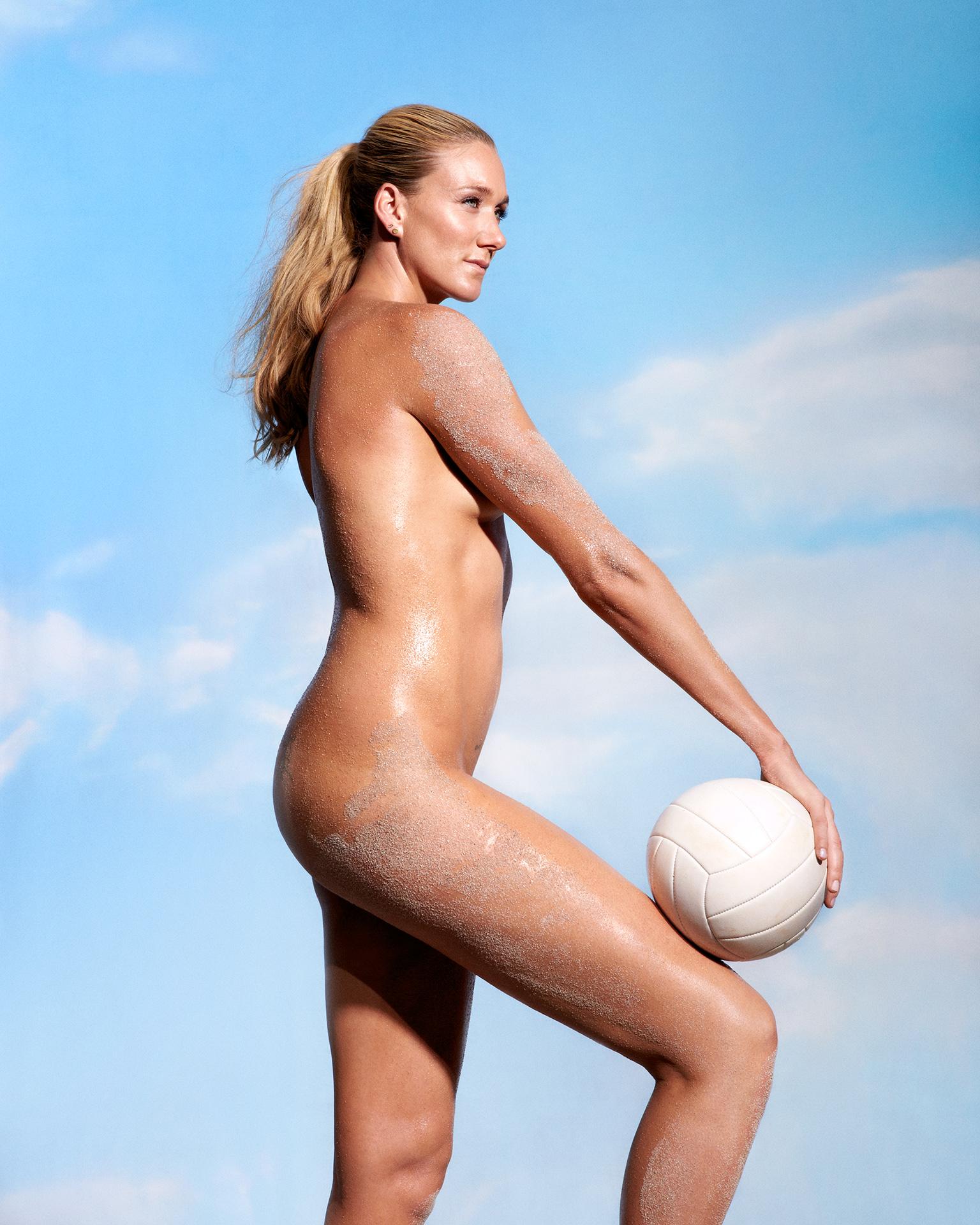 Эротические фото спортсменок и певиц 12 фотография