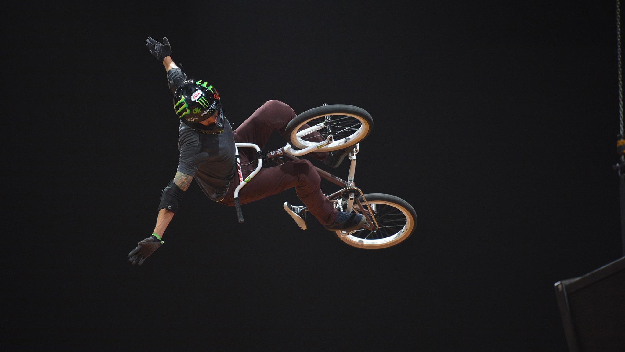 Jamie Bestwick six-peat in BMX Vert