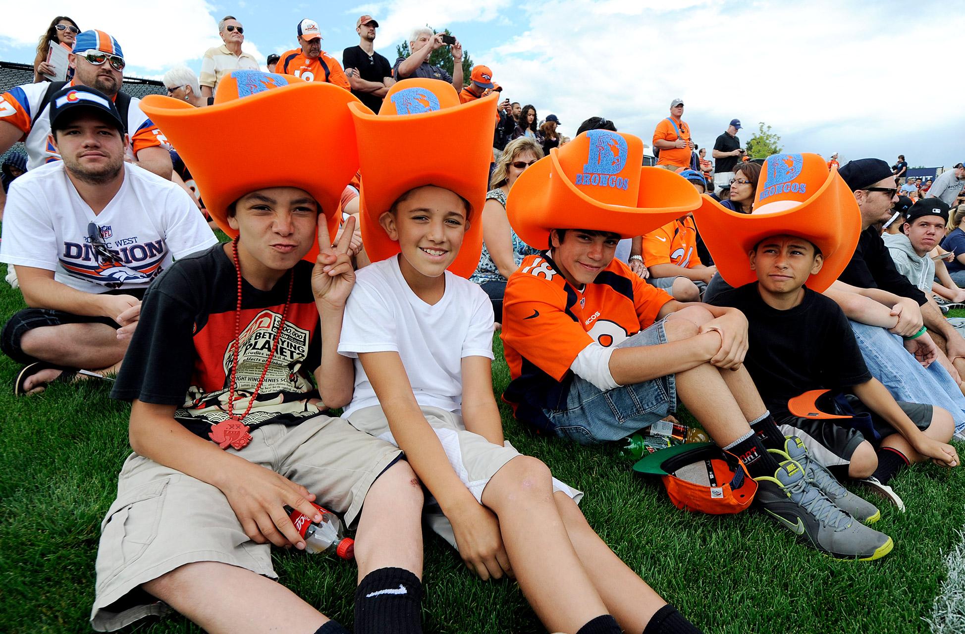 Landon DonovanDenver Broncos fans