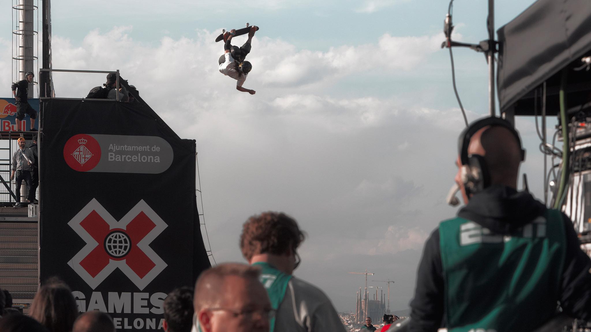 Bucky Lasek -- Skateboard Vert