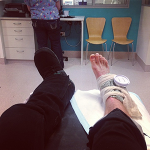 Shaun White posts a picture of his sprained ankle he suffered in practice of the FIS World Cup slopestyle competition in slopestyle, an Olympic qualifier, on Sunday.