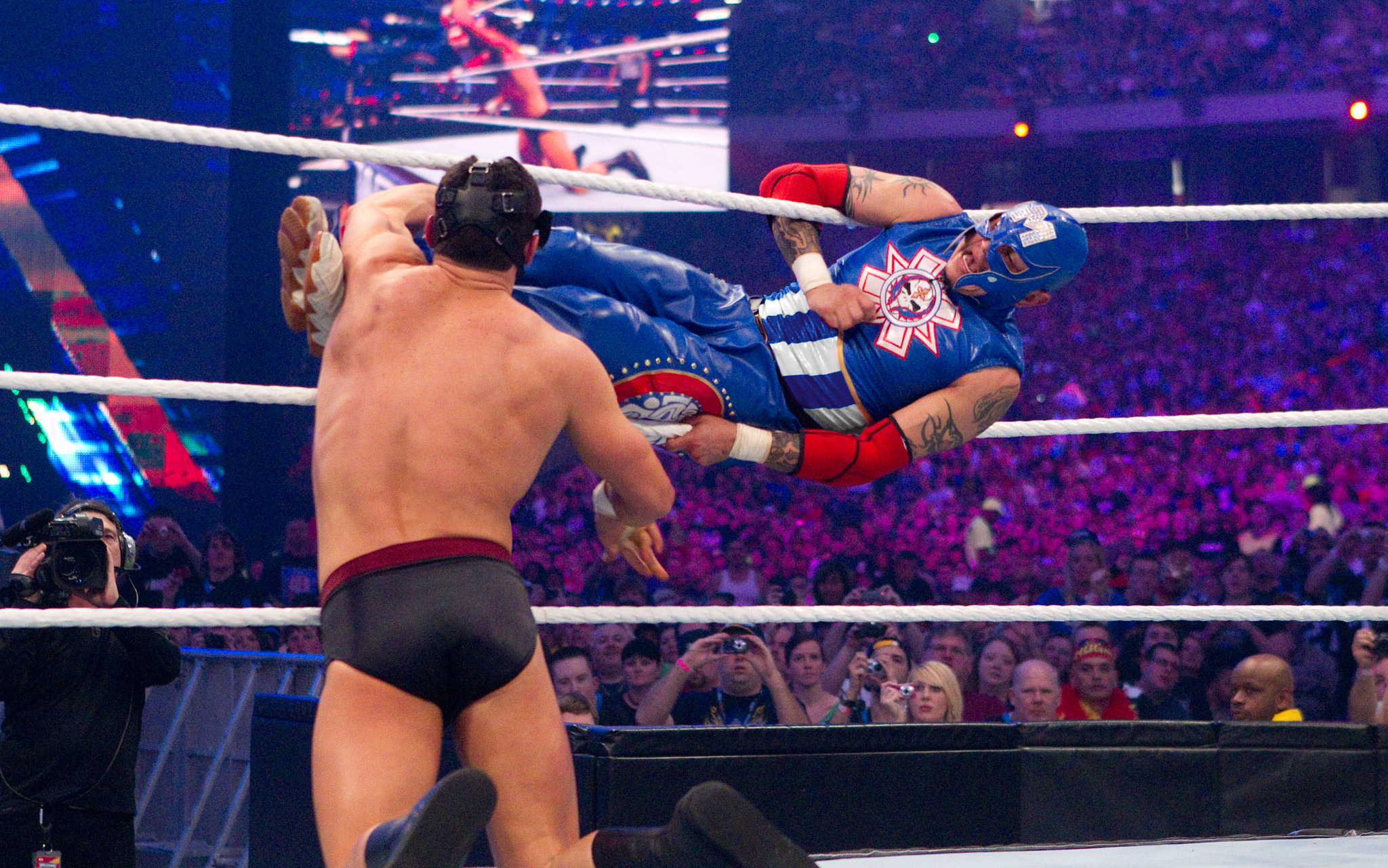 Rey Mysterio Performs His Finishing Move: