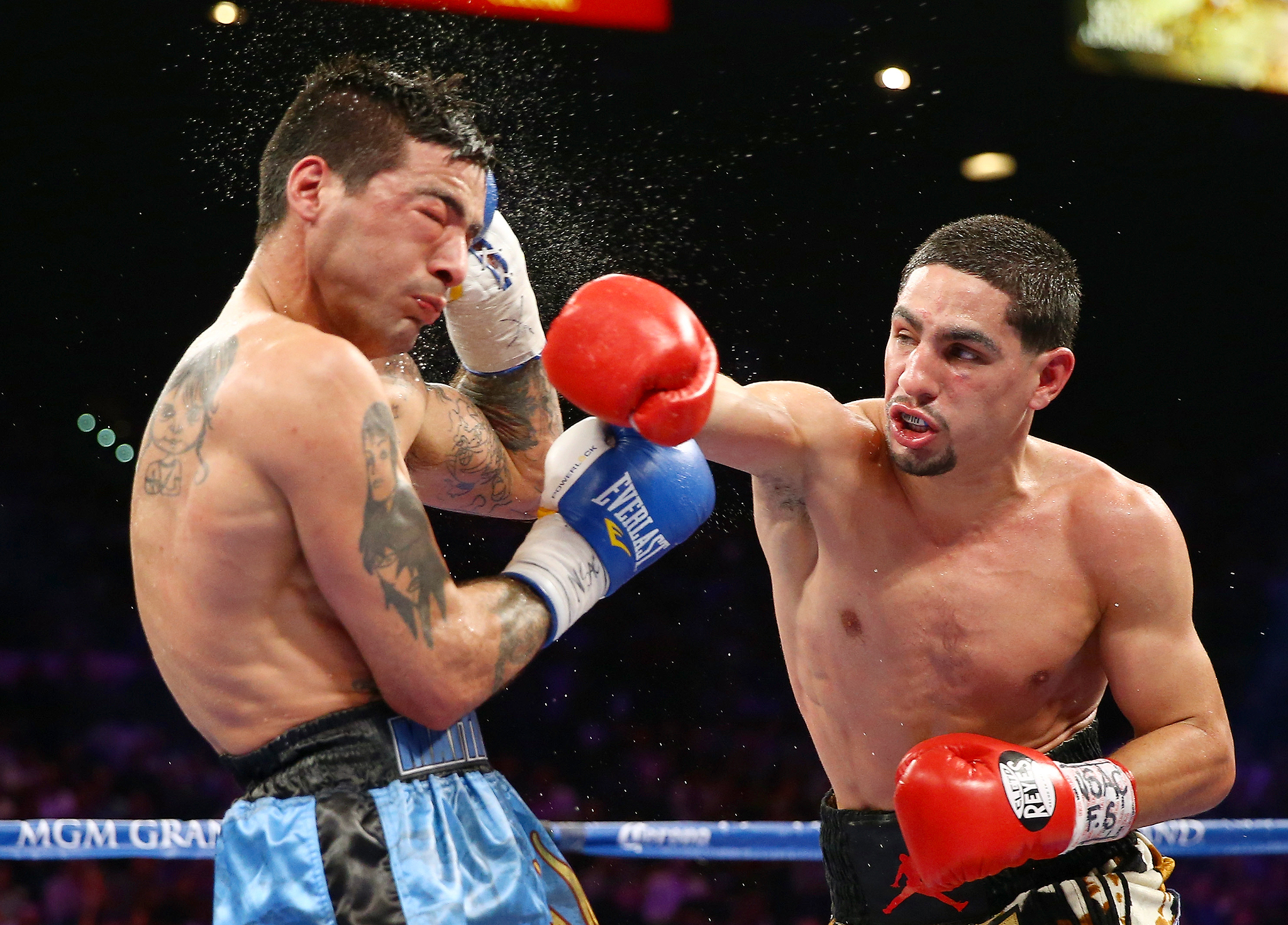 Danny Garcia punches Lucas Matthysse
