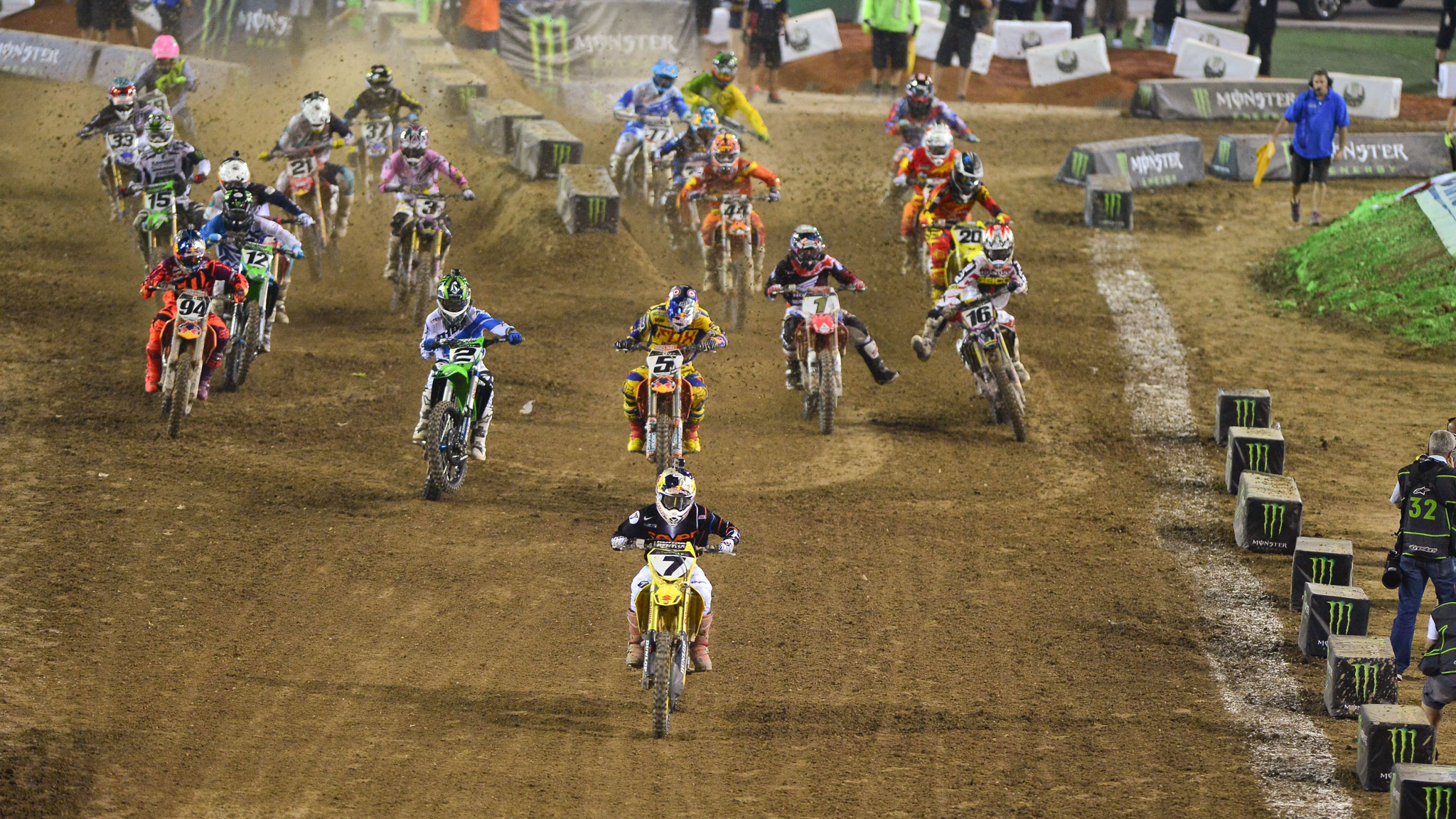 James Stewart leading the pack en route to his Monster Energy Cup victory.