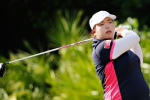 Shanshan Feng shot a 6-under 66 and could have gone lower if shed rolled in a few more makeable birdie putts.