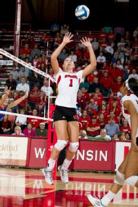 Wisconsin setter Lauren Carlini was Big Ten freshman of the year, and has helped lead the Badgers into the Sweet 16.