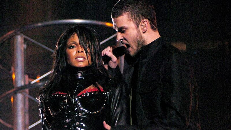 pYeah, this was the last time MTV was allowed to do a Super Bowl halftime show -- it ended up costing CBS a whopping 550,000 in fines! Surely you remember Nipplegate? Justin Timberlake was performing his newish single Rock Your Body while legend Janet Jackson gyrated and danced with him. But then he grabbed at her breastplate outfit and ripped off a piece of material, exposing, well, you guessed it. That moment became known as Nipplegate, and the next day, everyone who didn't have a DVR went out and got one. /p