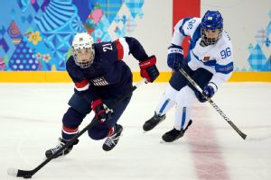 Hilary Knight helped the U.S. women's hockey team beat Finland Saturday.