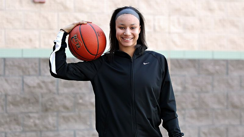 With confidence and grace, elite 2015 recruit Faith Suggs is carrying on the special qualities her mother left behind.