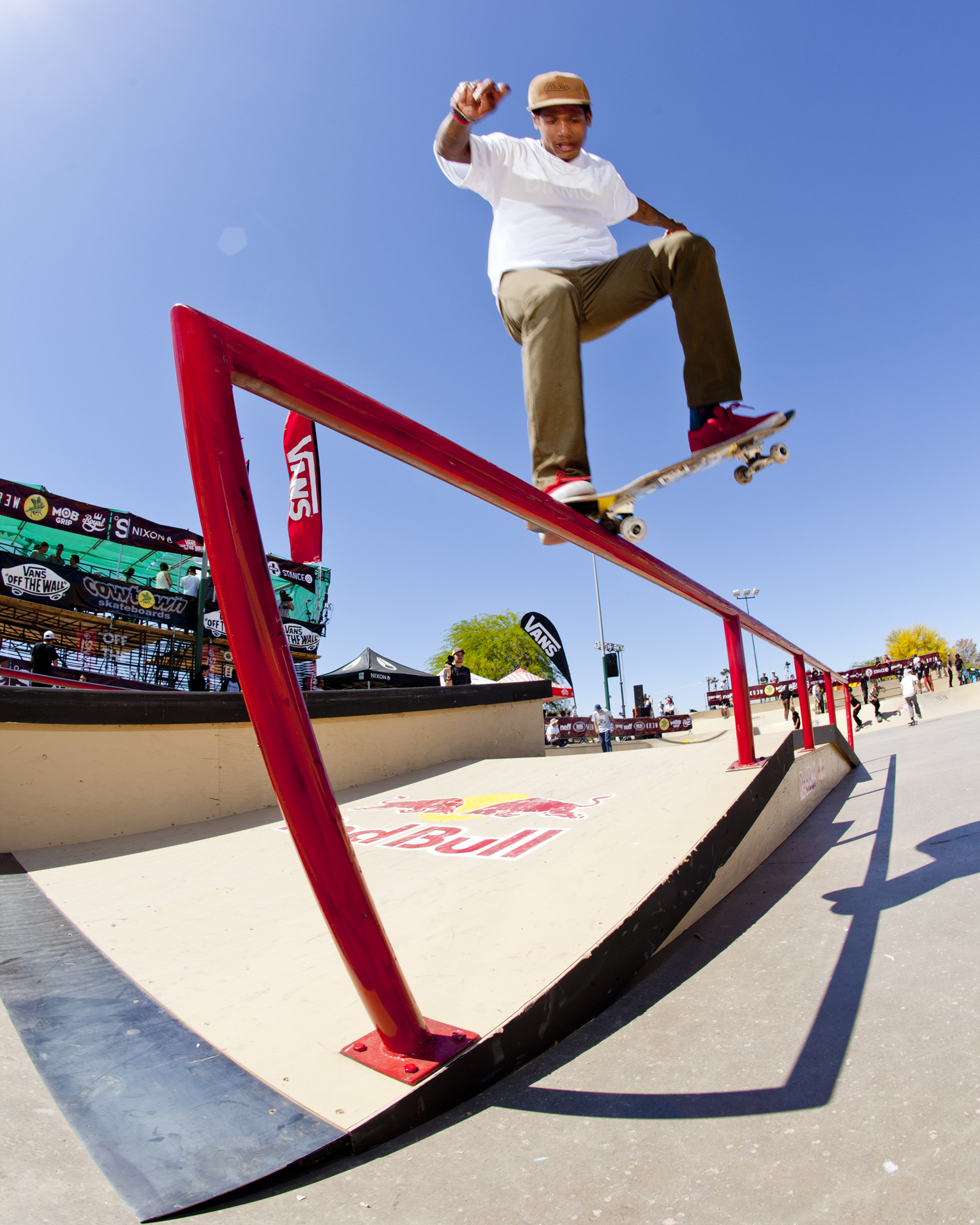 Boo Johnson, noseblunt