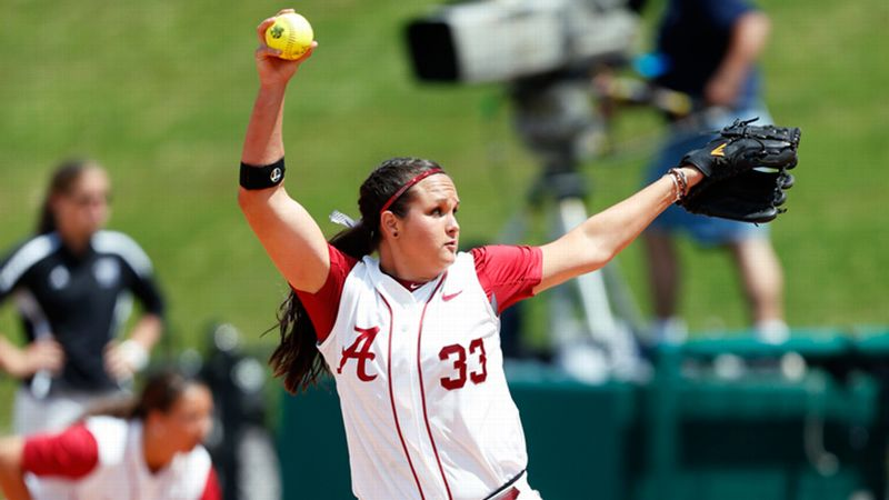 Alabama ace Jaclyn Traina has dominated the SEC, softball's deepest conference.