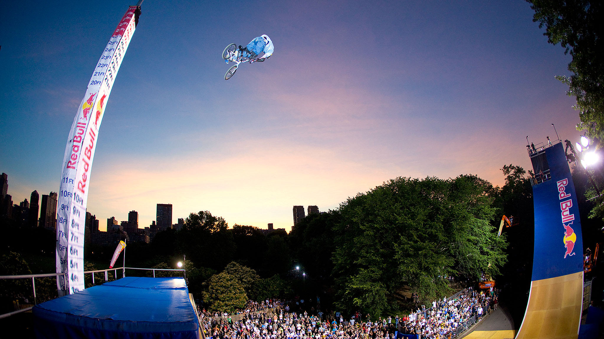 Kevin Robinson, who retired from competition in 2013, setting the 27-foot high-air record.