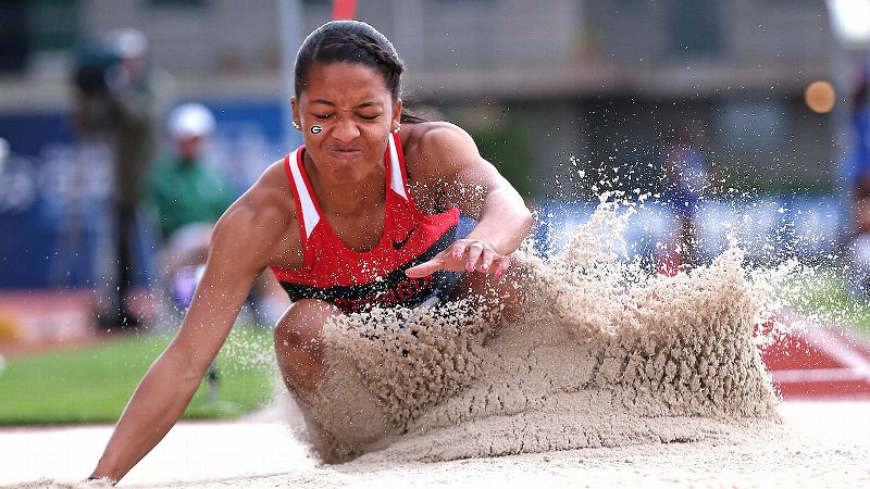 Georgia freshman Kendell Williams, who won the national indoor pentathlon, captured the outdoor heptathlon national title Friday.