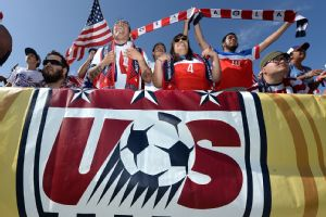 American Outlaws organizers wanted U.S. soccer fans to connect, like these supporters in Los Angeles who cheered a Legends Cup victory against Mexico in June.