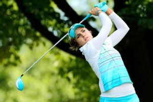 Lexi Thompson shares the first-round lead with Meena Lee in the LPGA Tour's fourth major championship of the season.