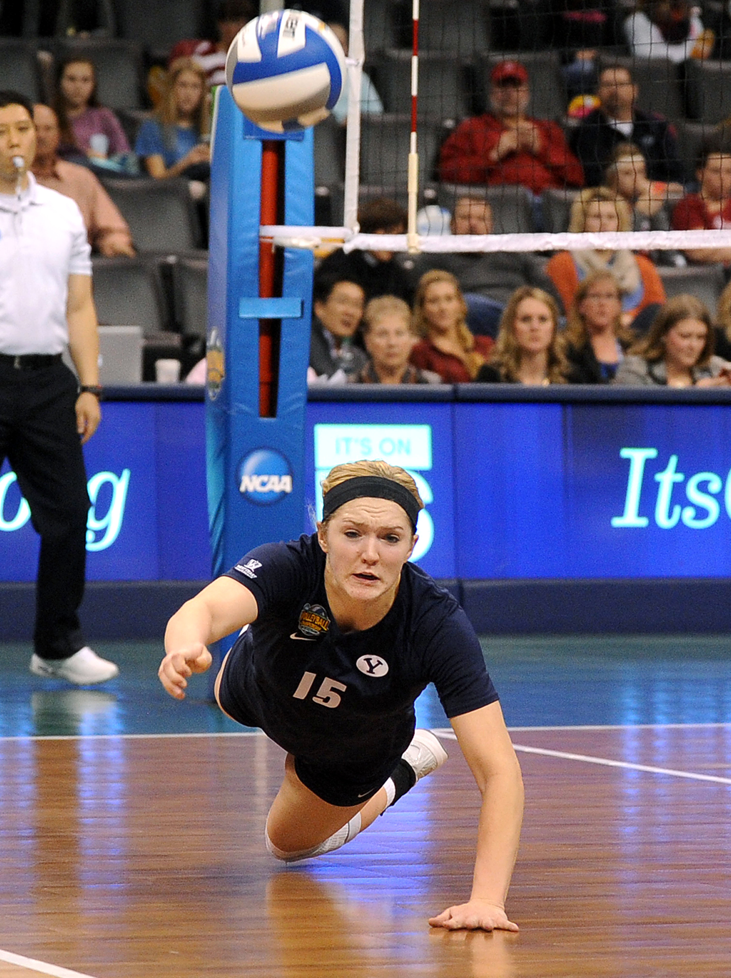 NCAA Volleyball Semifinals: Tambre Nobles