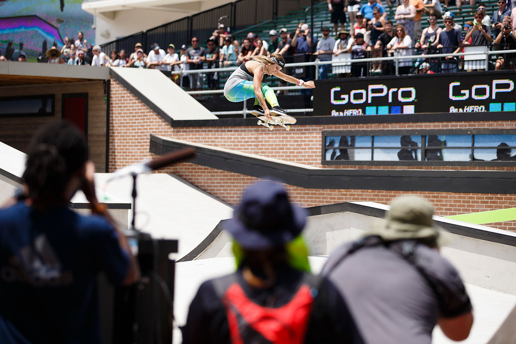 Women's Skateboard Street was contested on Saturday, and Leticia Bufoni was on hand to boost transfers. Though the former gold medalist was was held to fourth in the finals, Bufoni represented her home country of Brazil with style, smooth grinds and a dedicated fanbase.