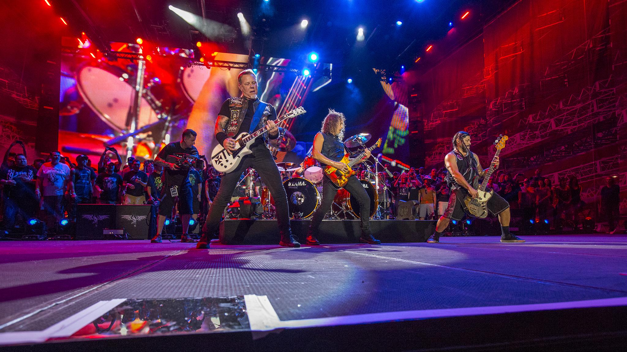 2: Metallica rocks Austin